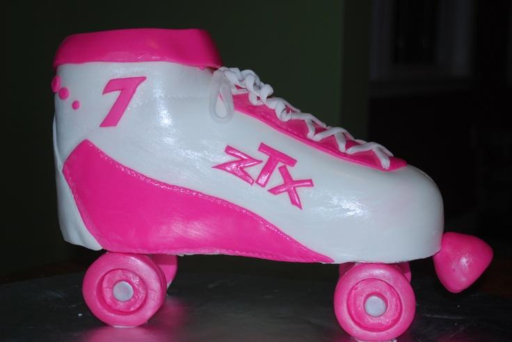 Roller Skate Cake    www.facebook.com/beckabooscakes