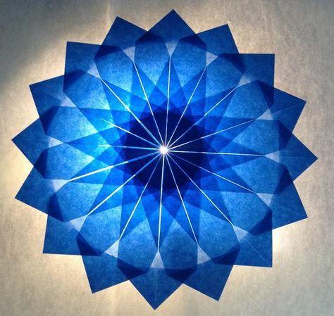 Blauer Stern - 16 Zacken - Sterne aus Transparentpapier   Sterne Basteln - Basteln toller Sterne