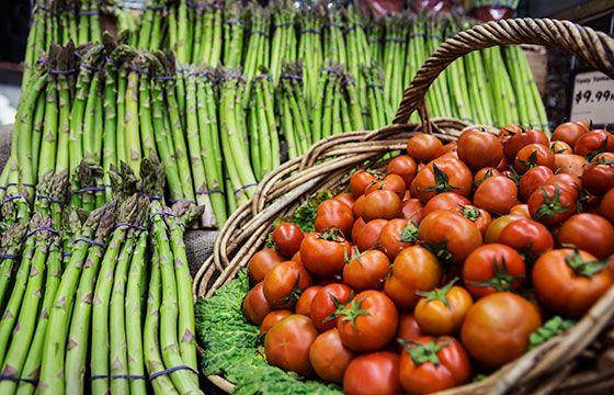 Organic Asparagus & tasty tomatoes | The Happy Apple