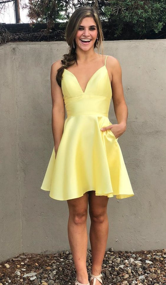 Cheap yellow stain short prom party dresses, spaghetti straps short back to school dress t