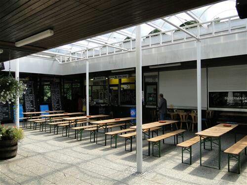 Thalkirchen campingplatz restaurant area.