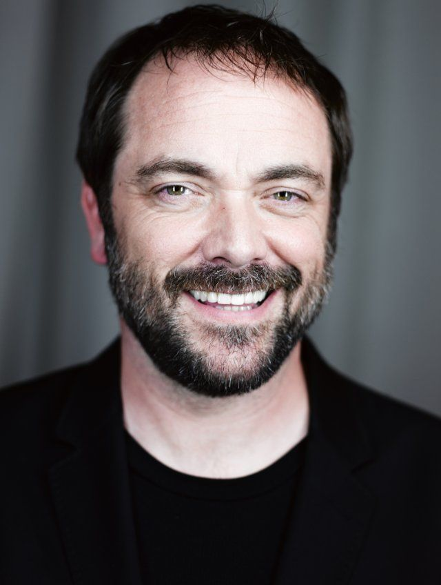 Mark Sheppard as Rob Turner, Howard's brother and pastor of Mount Hornton Baptist Church in ALPHA