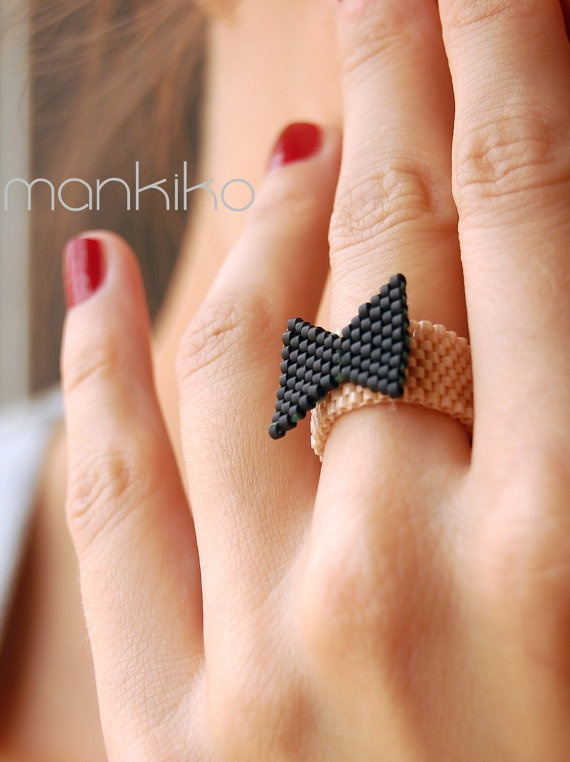black and white bow ring by mankiko on Etsy, €13.00