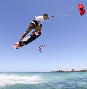 Kitesurfing in Fremantle