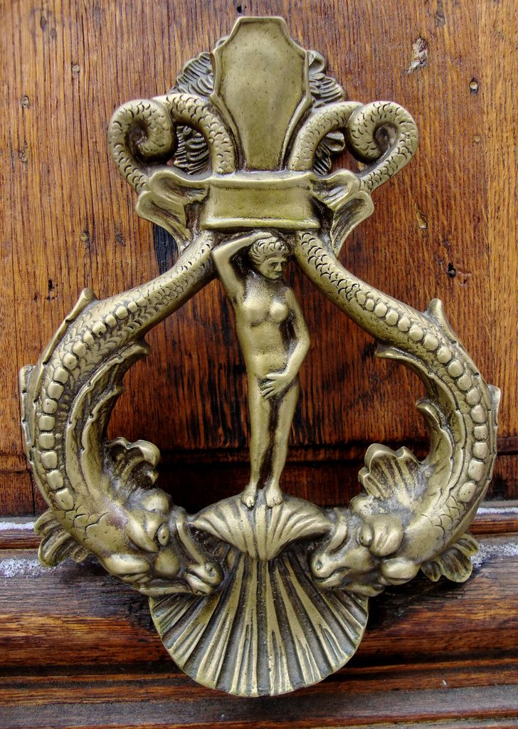 Bronze Venus Door Knocker   Paris (France)