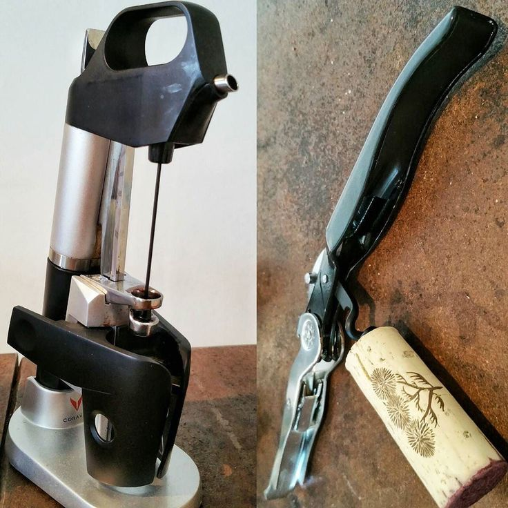 Tools for winelovers. Do you use both? For me @Coravin is worth for the winetourism #Rioja #tourism #winetours #travel #wine #winelover #turismo #enoturismo #experience #winetastelovers #riojawine #gastronomía #visitSpain #vino #viaje #tapas #winetasting #instariojawine #gastronomy #instawinetours #winecountry #wineries #worldplaces #winetrip #winetravel #viajar #grapevines #winetourism #winetourist #lp