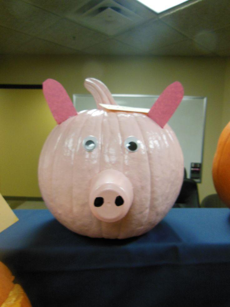 Pig pumpkin decorating halloween