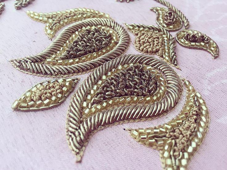 "144 Likes, 1 Comments - Pernia Qureshi (@perniaqureshilabel) on Instagram: ""Details Dabka and cutdana embroidery for a custom order  #perniaqureshi #perniaqureshilabel…"""