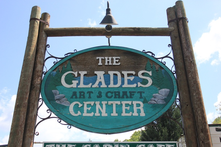 Visit the arts crafts community in gatlinburg and see for Arts and crafts gatlinburg tn