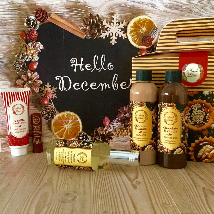 #FreshLine #Christmasgifts For…#choco_lovers Η σοκολάτα, σε συνδυασμό με τη ζεστή βανίλια, θα αρωματίσει την επιδερμίδα σας αλλά θα ανοίξει και την όρεξη σας…  Απολαύστε μία γλυκιά, λαχταριστή περιποίηση σώματος… χωρίς θερμίδες και ενοχές! Λιανική Τιμή: 24,90€ από 44,50€ #staytuned #xmas2016 #FreshLine #23daysbeforechristmas #chocolate #vanilla #sweet #extracts #bestgift #bodycare #delicious #lipcare