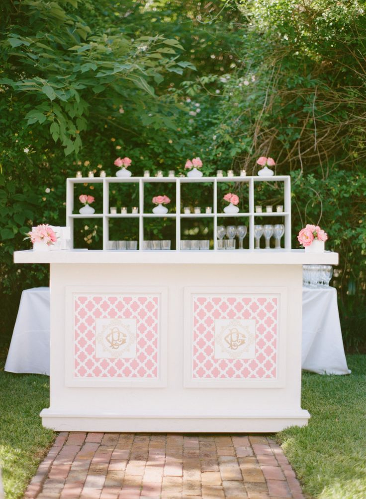 #monogram, #dessert-table Photography: Abby Jiu - abbyjiu.com | A monogram theme wedding - 15 Ways to Use Monograms : https://www.fabmood.com/monogram-theme-wedding