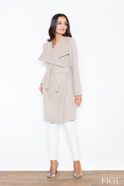 Women's autumn and winter coat in shades of beige