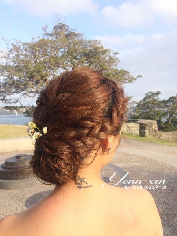 Wedding braid hairstyle, classic wedding hairstyle, asian bride hairstyle,