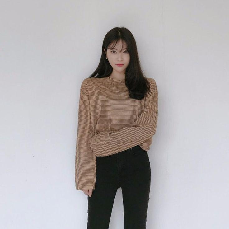 ♡ボーダー柄ワイドスリーブTシャツ♡ #レディースファッション #ファッション通販 #ファッショントレンド #新作 #最新 #モテ服 #韓国ファッション #韓国レディース通販 #ootd #wiw  #fashionaddict #womensfashion #fashion  ▶https://goo.gl/G2qJcR