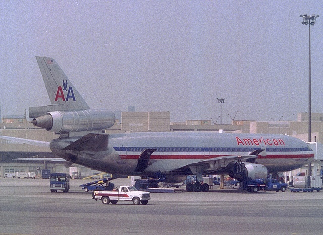 AMERICAN AIRLINES dc-10 | McDonnell Douglas DC-10-10 N106AA American Airlines, Washington ...