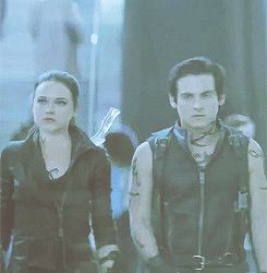 TMI: CoB - Jemima West and Kevin Zegers as Isabelle and Alec Lightwood