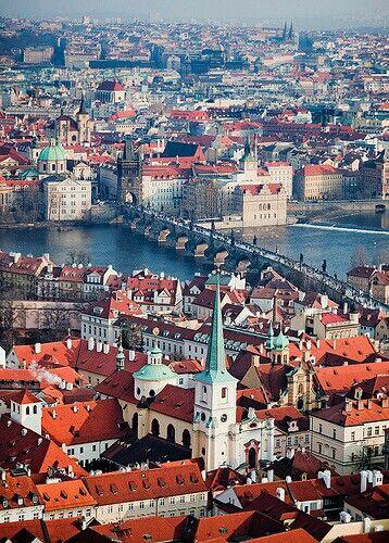 Praga, ciudad de las 100 torres, una de las más bella del mundo.