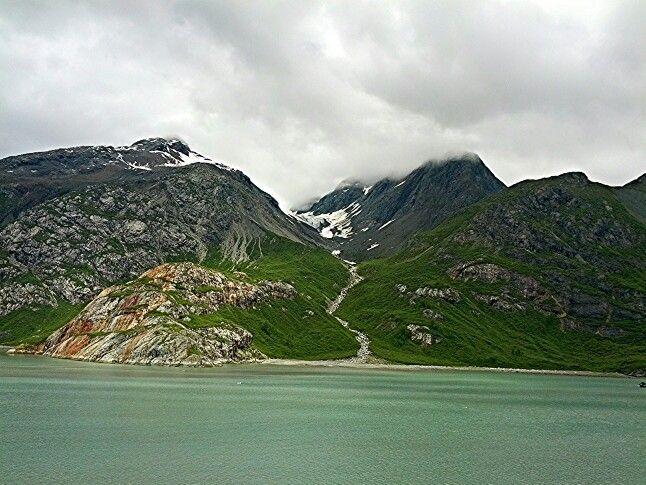 mytraveladvice: Alaska Cruising in Glacier national Park