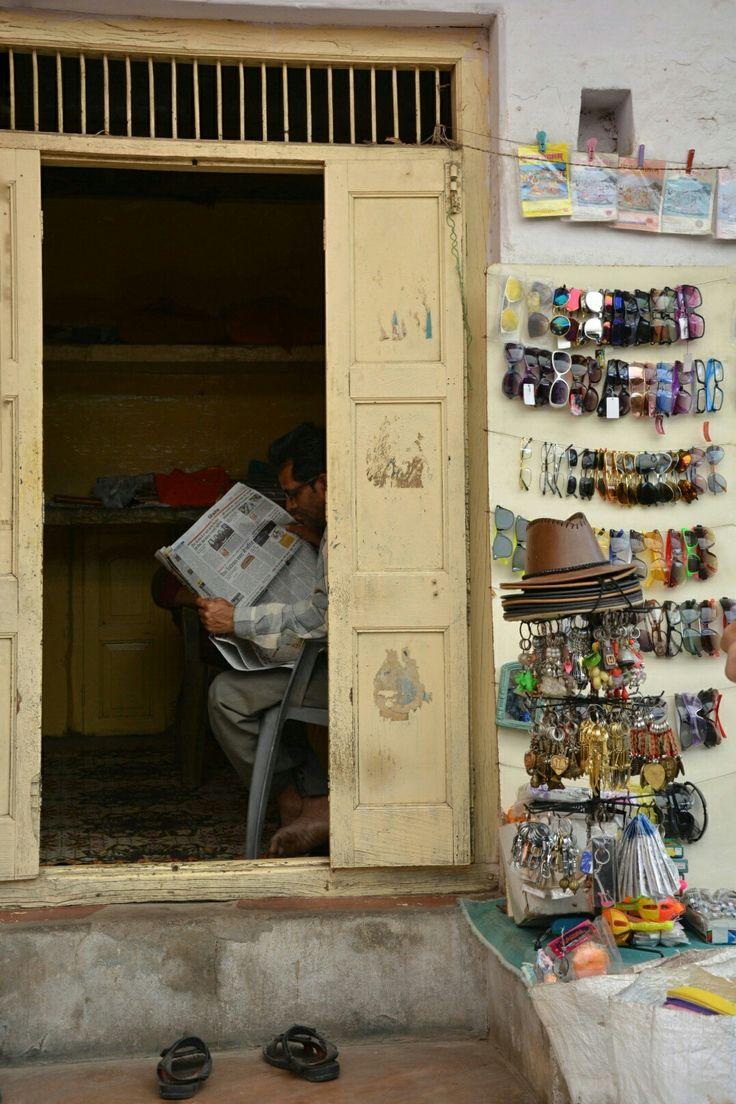 Lepohetki-resting Mandawa, India