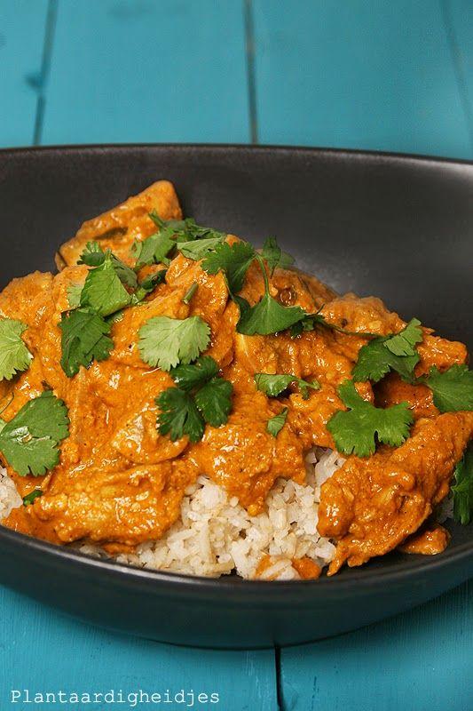 Een traditioneel Indiaas gerecht maar in plaats van echte kip gebruiken we kip van de vegetarische slager. Ik weet bijna zeker dat als ieman...