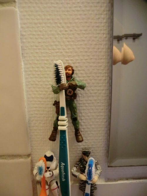 Zahnbürstenhalter Ideen außergewöhnlich spielzeuge DIY