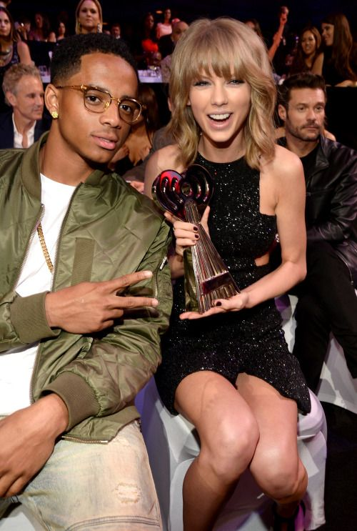 Taylor Swift Gifts Concert Tickets to Amber Rose and Son Sebastian