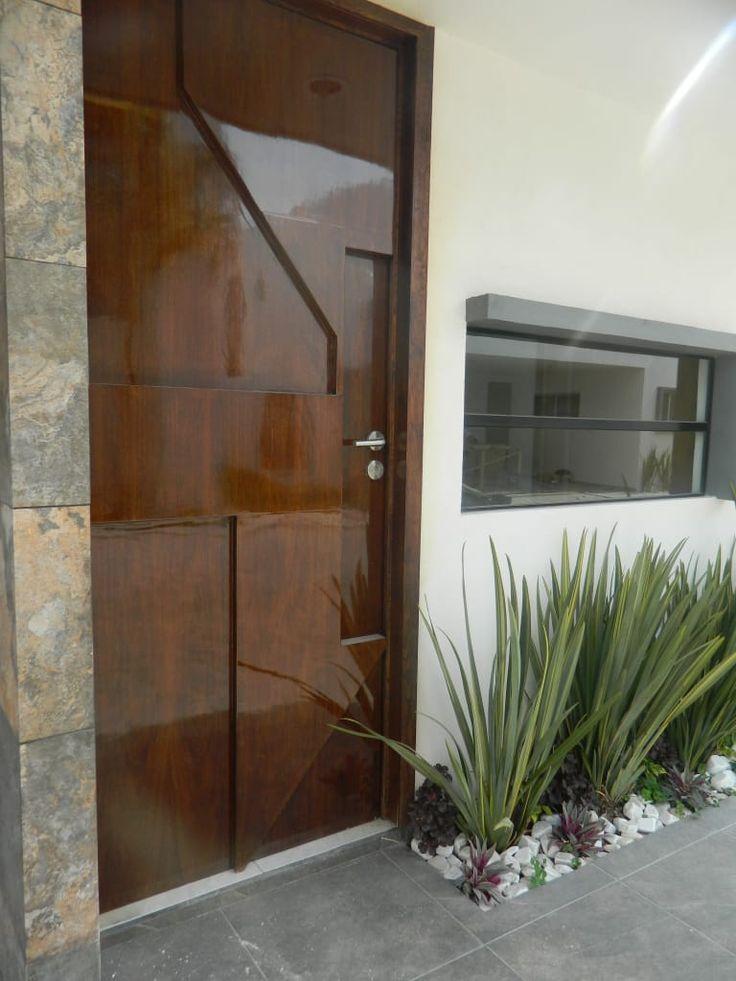Descubra fotos de Portas e janelas modernas por ECNarquitectura. Veja fotos com as melhores ideias e inspirações para criar uma casa perfeita.