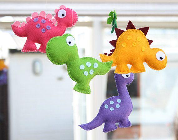 Dinosaurio bebé guardería móvil / dinosaurios de fieltro /