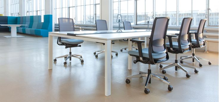 individuals with longer legs the wrong chair can be a real trouble. Thankfully car manufacturers aren't so short-sighted. Regrettably office chair manufacturers often are short-sighted, not paying much attention to anyone taller than average.