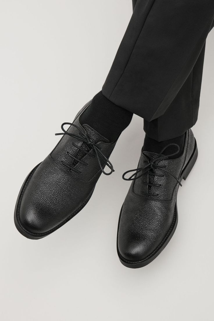 COS image 4 of Grained leather Oxford shoe in Black