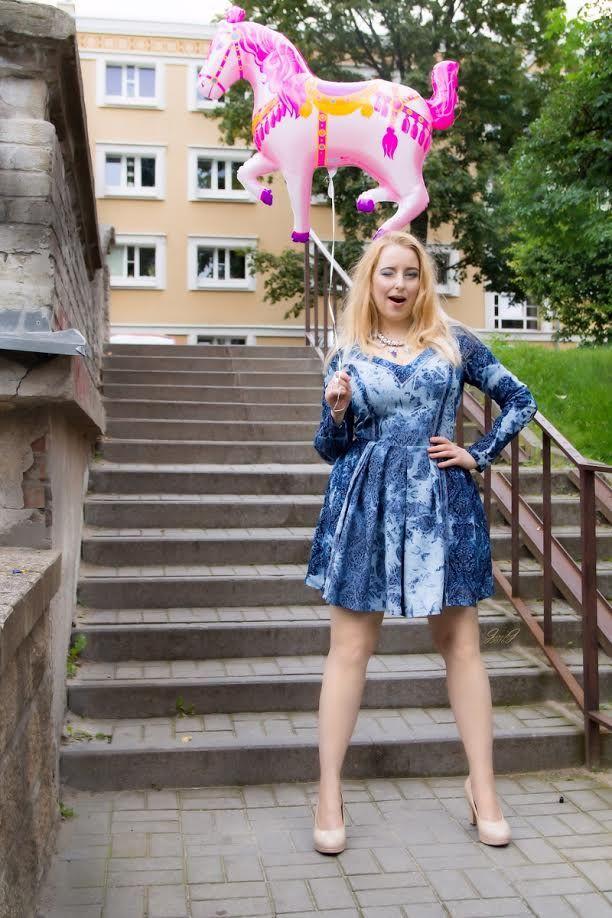 model Gabriel Hezner  dress Gabriela Hezner /  fashion designer  Photographer Jarek / Okeanas / Jaro J make up Aldona Chomicz outdoor session