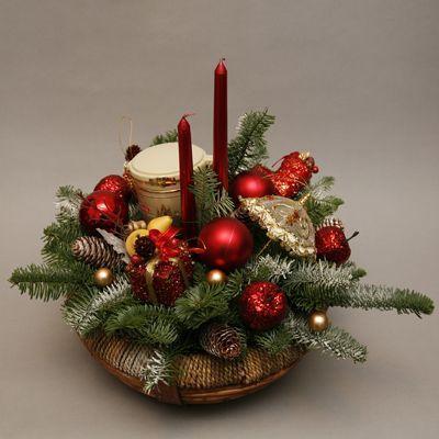Картинки по запросу новогодняя композиция со свечами: