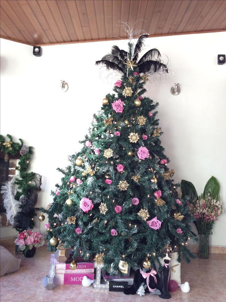 Árbol de navida con rosas