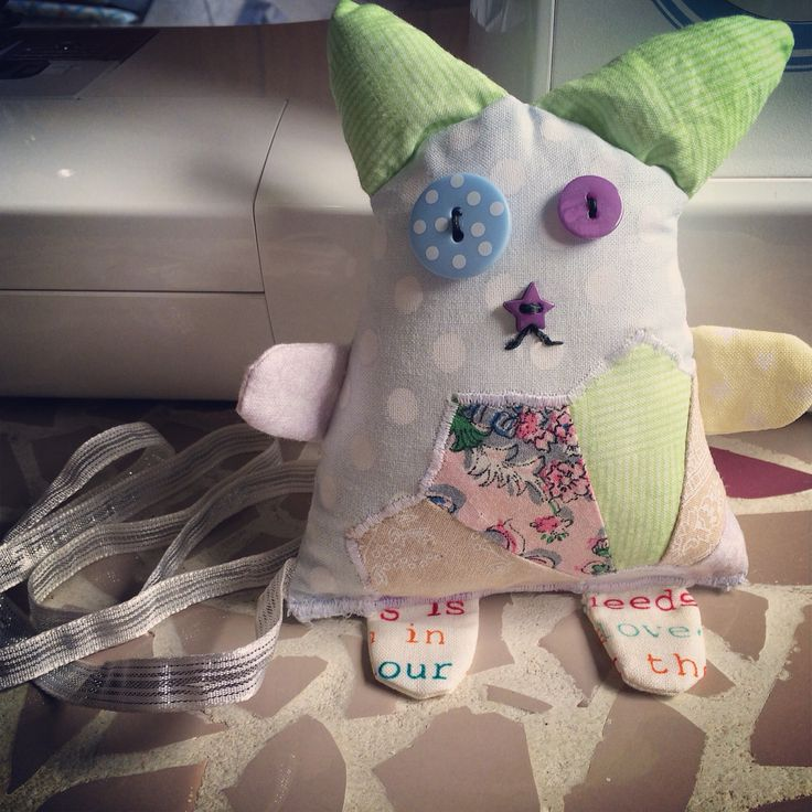Kitty cat pincushion, made for a Christmas swap :)
