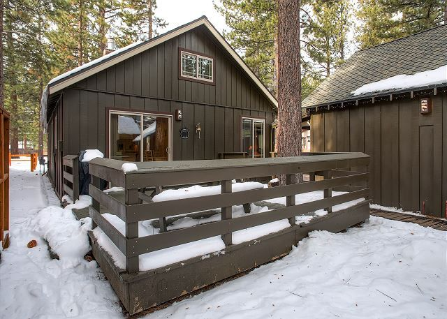 18 best snow days in tahoe images on pinterest snow days for Lake tahoe winter cabin