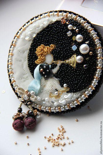 """Брошь """"Fata della Luna. Luxury Italia"""". Handmade."""