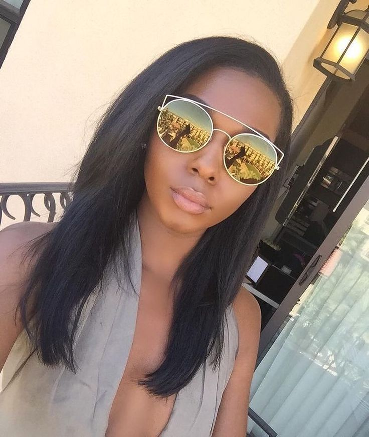 Can never go wrong with a very natural sew-in!  Brazilian natural brown #STRAIGHT
