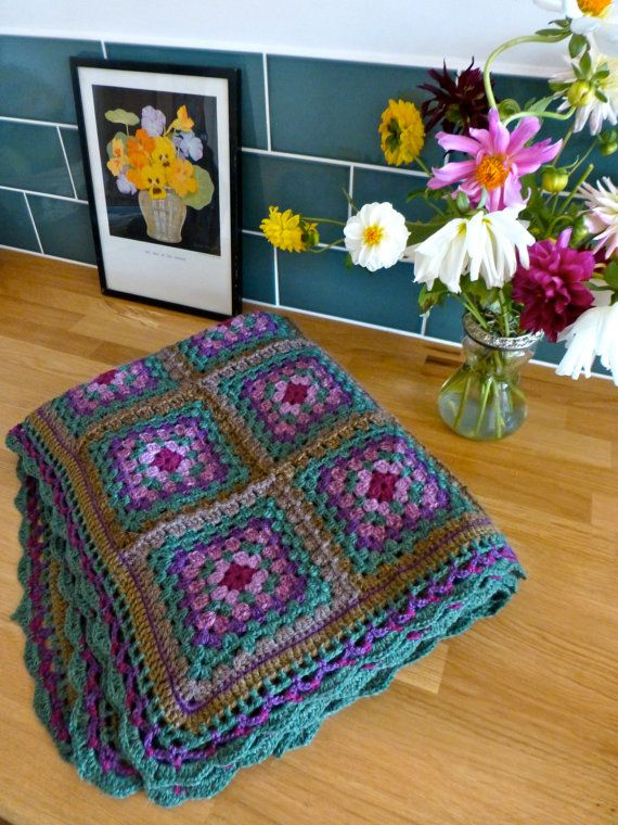 124 best GRANNY SQUARE Crochet images on Pinterest | Omas ...
