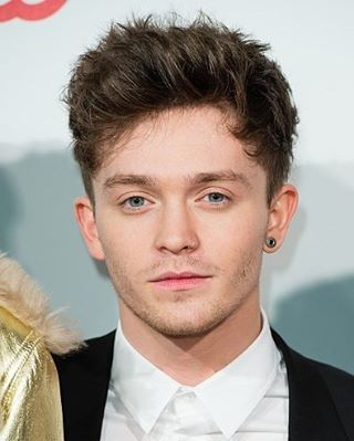 HQ of Connor on the red carpet of the #CapitalJBB