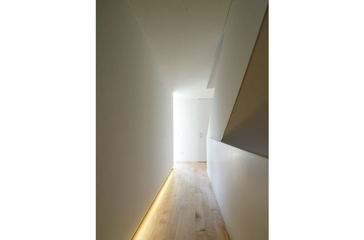 Shadow Gap Staircase Lighting: Living Area + Stairs In 2019