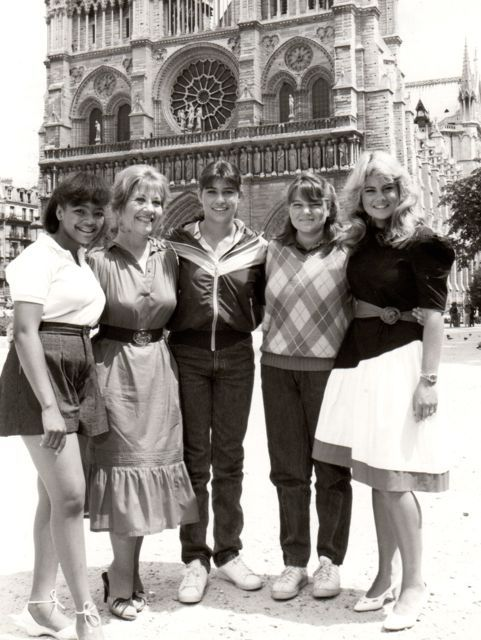 The Facts of Life Goes To Paris (1982). Starring Kim Fields, Charlotte Rae, Nancy McKeon, Mindy Cohn, Lisa Whelchel. #TV #television