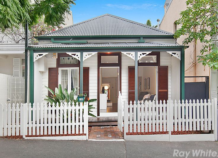 Vendor review in Paddington: The team at Ray White was exceptional. Jane in particular was prompt, professional, unde...