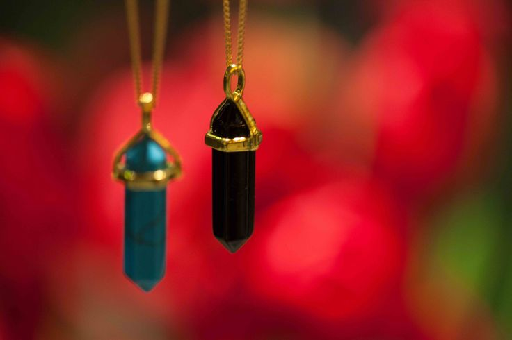 French point necklaces by #braccialetticoncepts The new #winter #trend #pointnecklaces #stylish #unique