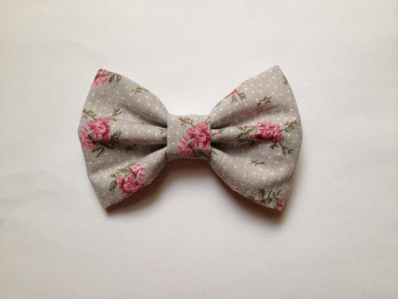 Hey, I found this really awesome Etsy listing at http://www.etsy.com/listing/156473950/big-hair-bow-vintage-bow-pink-floral