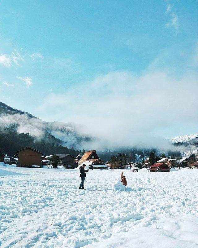 Apa Yang Akan Kalian Lakukan Kalau Lihat Salju Sebanyak Ini A Bikin Boneka Salju B Main Lempar Salju C Fot Liburan Musim Dingin Pemandangan Musim Dingin
