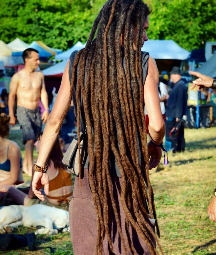 Awesome capture by @18h31    long locks. Locs. Loc'd hair.
