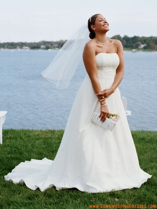 84 best Plus Size Dresses, wedding & formal images on Pinterest