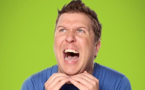 Nick swardson :) lurrrrve him!