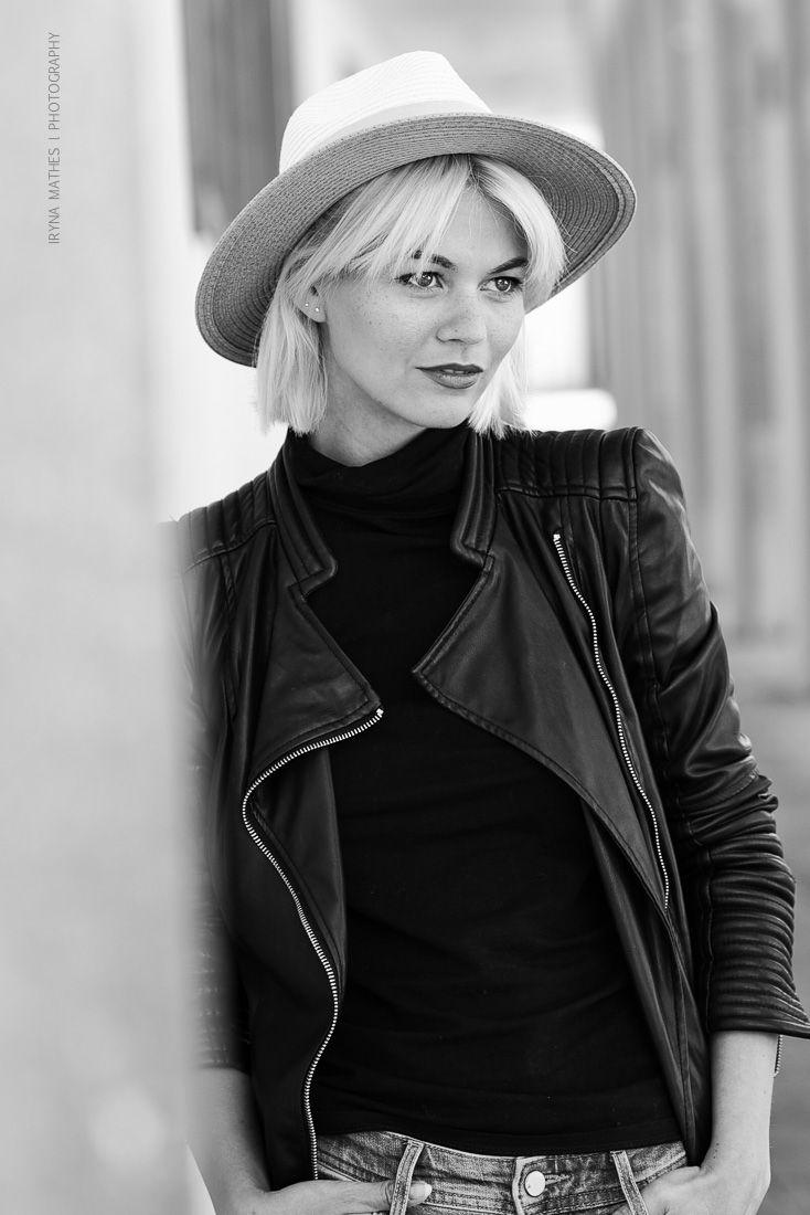 Model Louisa Mazzurana, Karlsruhe. Street Photography Iryna Mathes