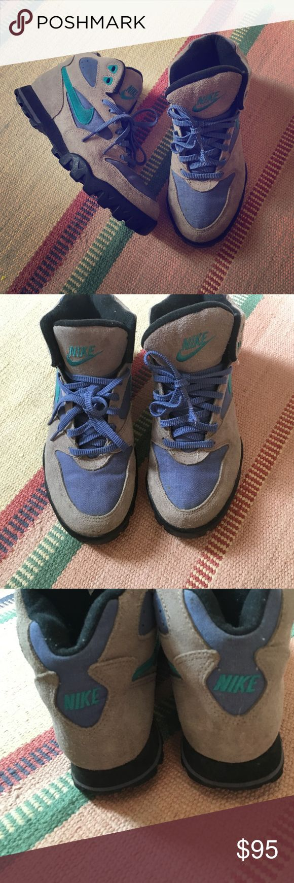 Nike hiking boots Amazing *vintage* Nike hiking boots! Extremely well made and comfortable! Kick it old skewl in these beauties!! **mint** like new condition! Nike Shoes Sneakers